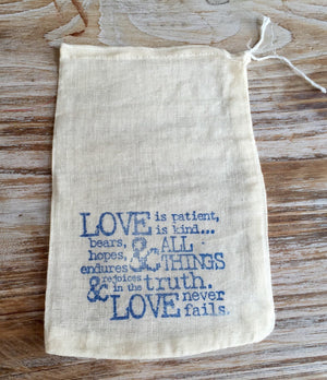 10 cotton wedding favor bags, romantic  wedding favors, 1 Corinthians 13 favor bags, Love Never Fails favor bags, destination wedding favors