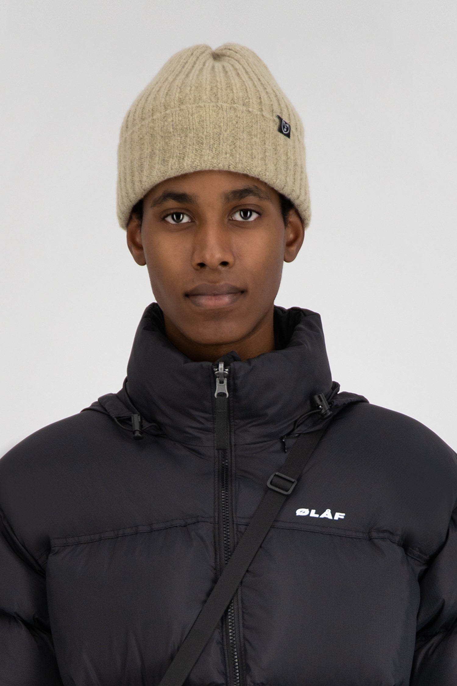 ØLÅF Beanie - Light Brown