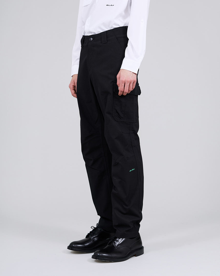 ØLÅF x UA Cargo Pant Black, 100% PES fabric, Two side pockets, Two welt back pockets, Small coin pocket on the side, Logo on left leg, Made in Indonesia