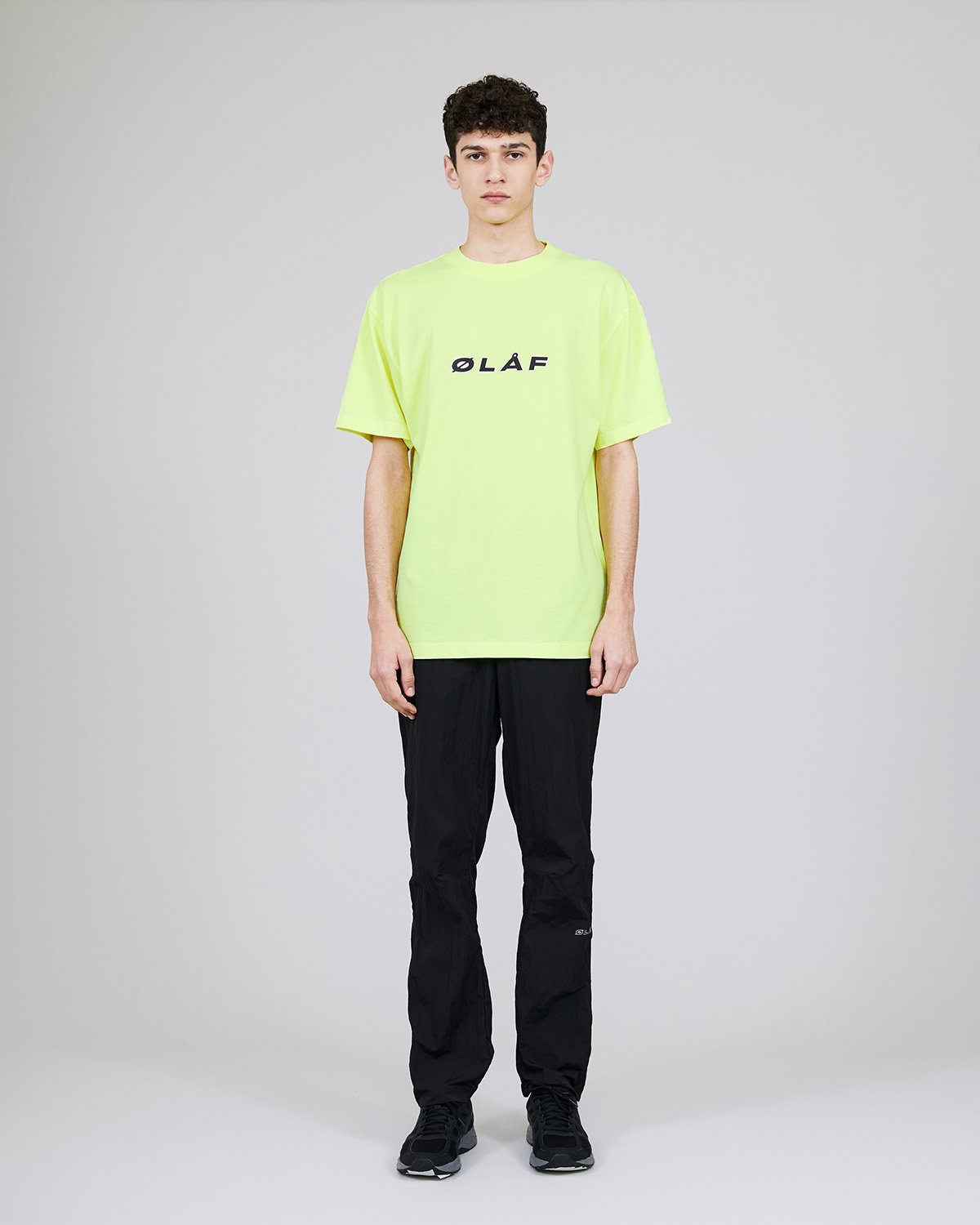 ØLÅF Italic T Neon, Portuguese fabric, 100% cotton (220 grams/sqm), Post wash, Fine ribbed collar, Made in Portugal