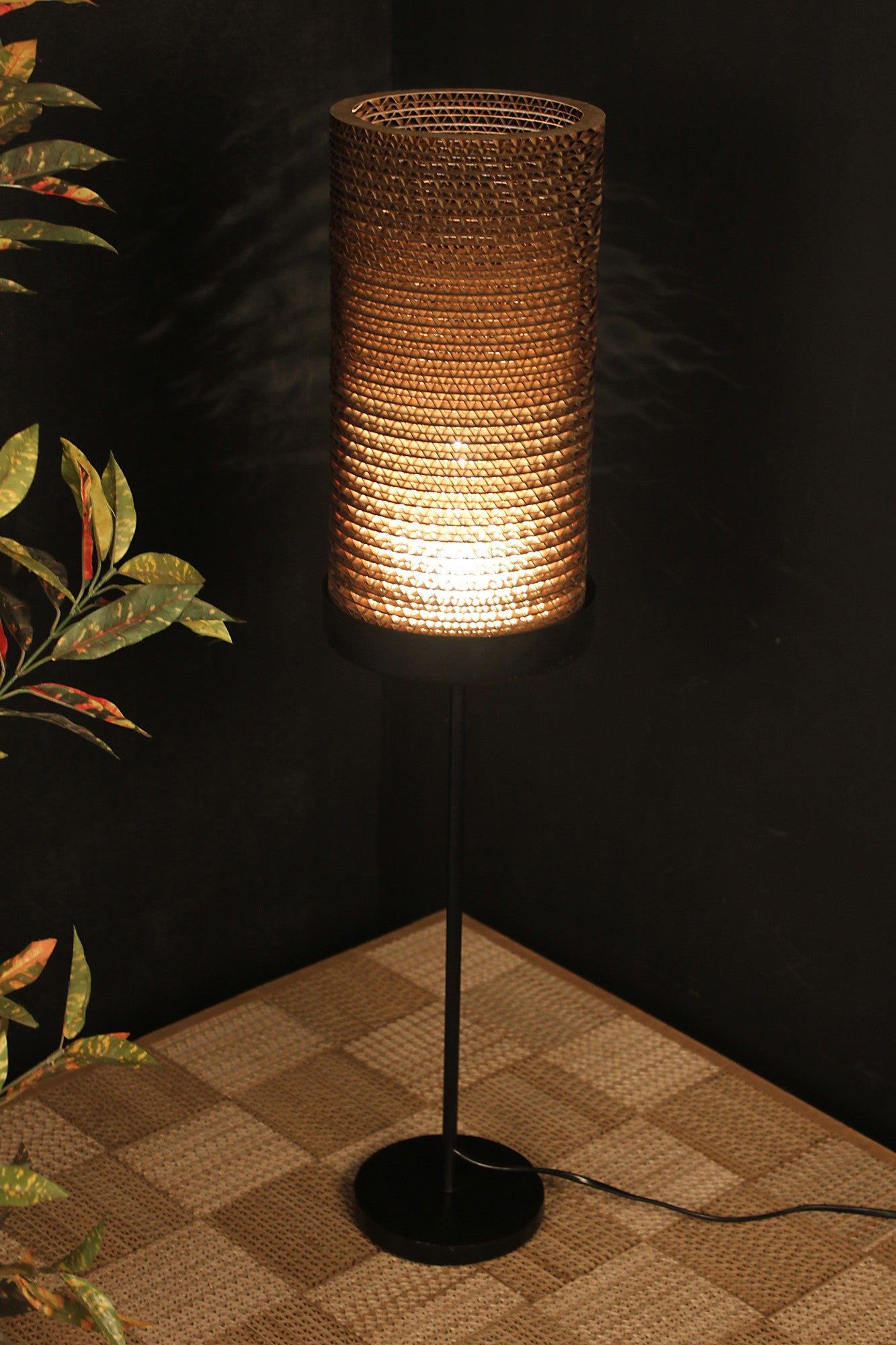 Lissom Table Lamp - Table Lamp - Sylvn Studio
