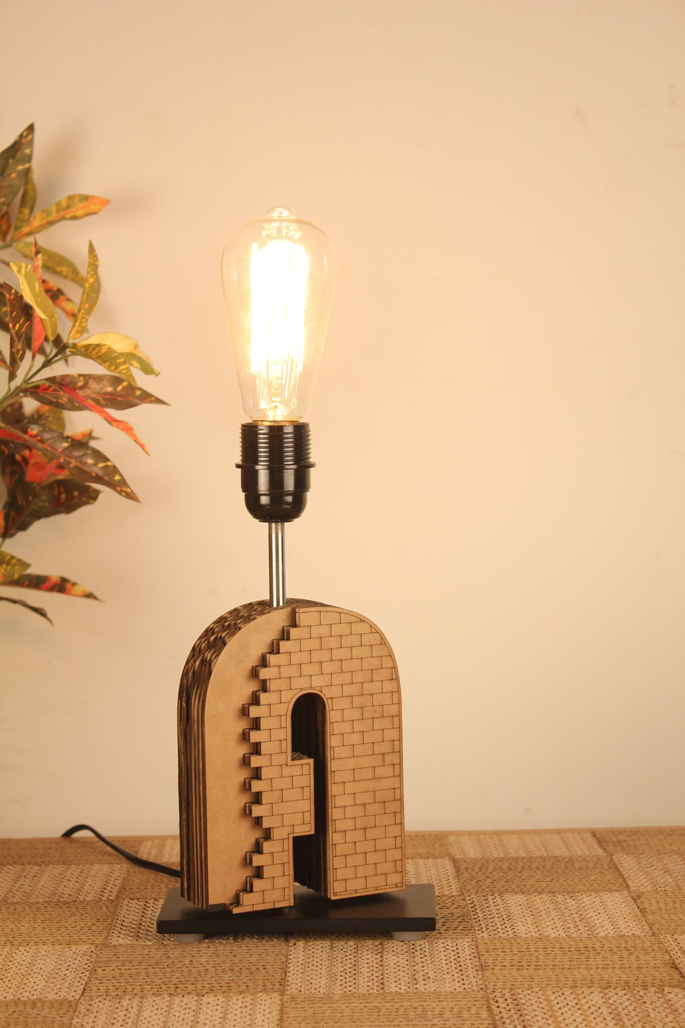 Bricky Table Lamp - Table Lamp - Sylvn Studio
