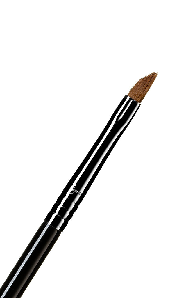 E06 - Winged Liner™ Brush