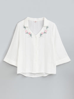 F17300111  Embroidery Shirt