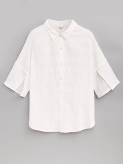 F173009 10  Cut-Out Sleeve Shirt