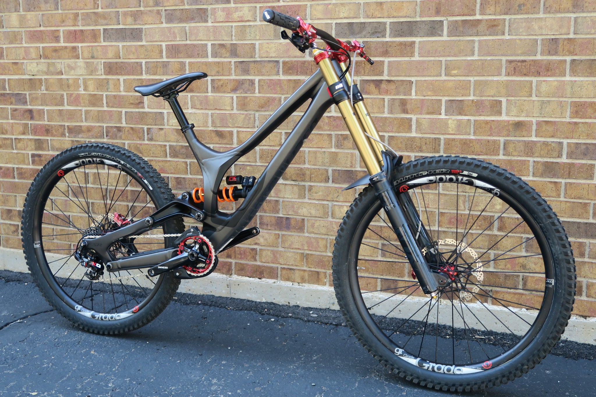 2017 SPECIALIZED DEMO 8 I 27.5""