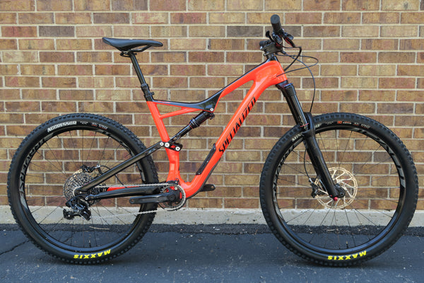 2017 SPECIALIZED STUMPJUMPER EXPERT CARBON 650B