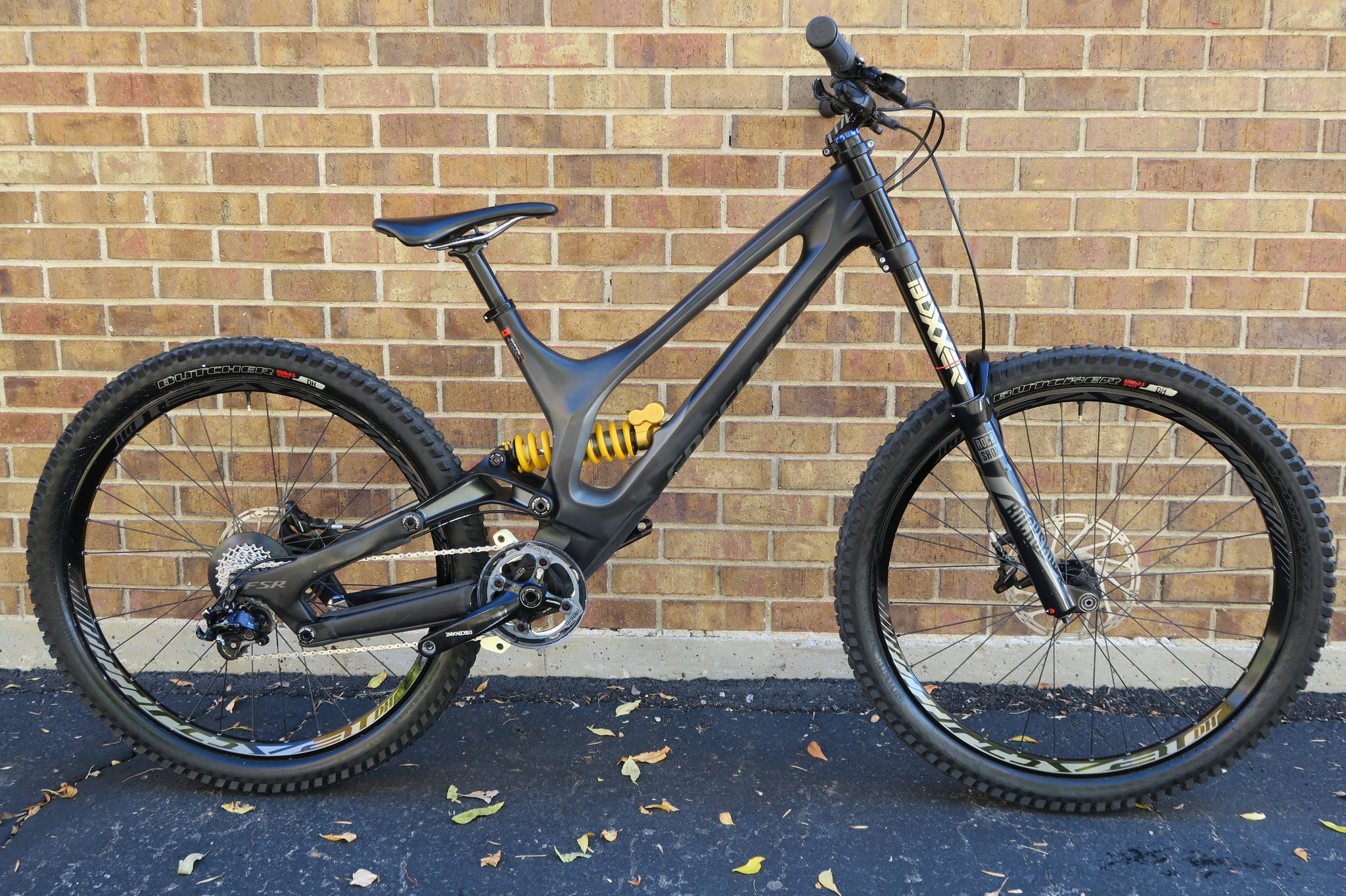 2017 SPECIALIZED DEMO 8 I CARBON LONG 27.5""