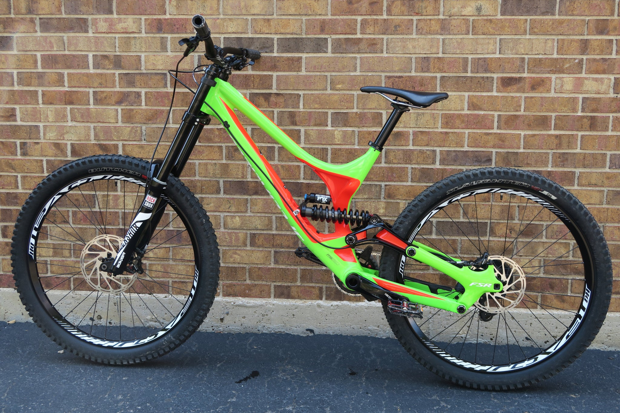2016 SPECIALIZED DEMO 8 I ALLOY 27.5