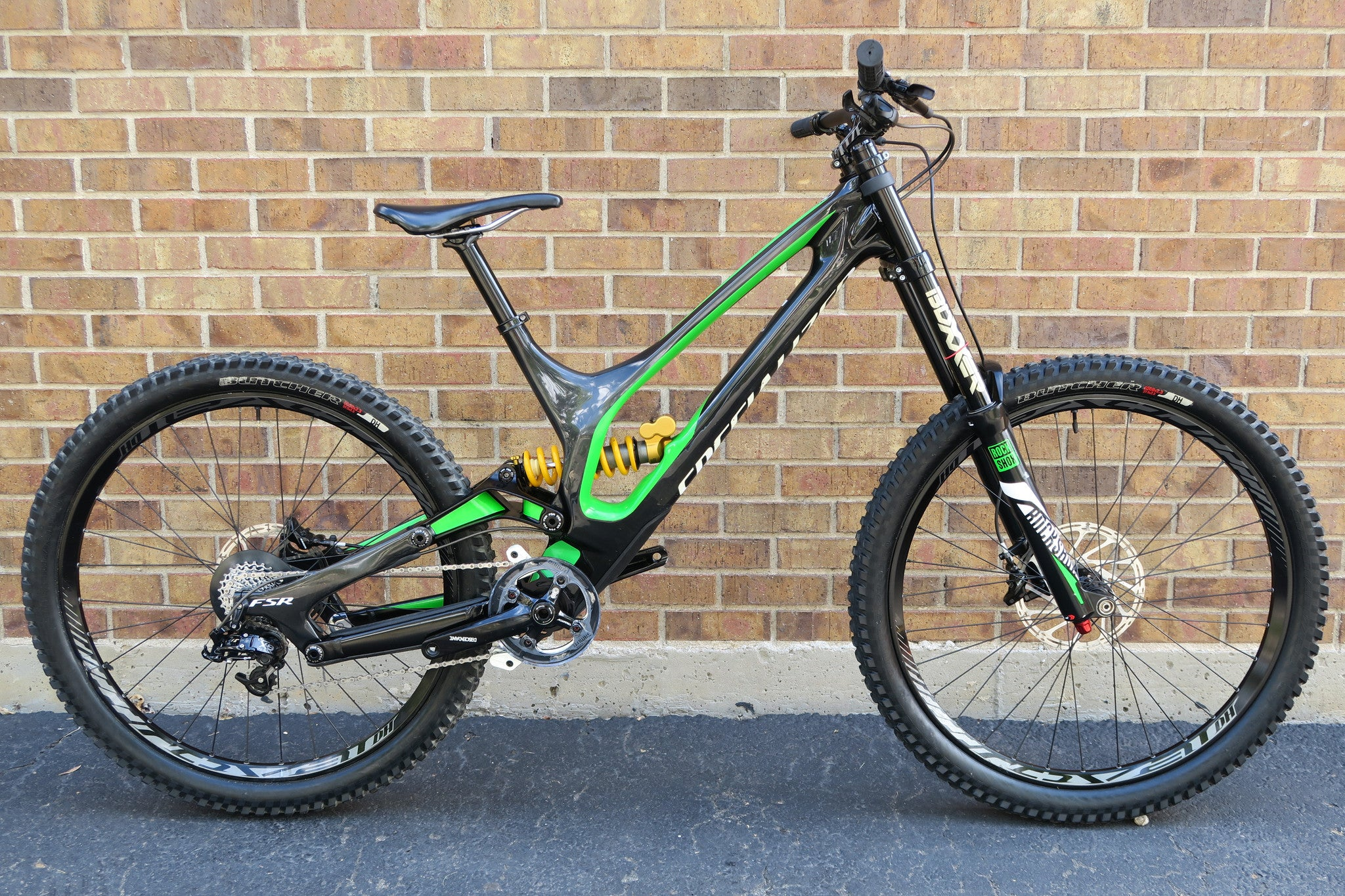 57365786234 2016 SPECIALIZED DEMO 8 l CARBON 27.5 – Altitude Bicycles