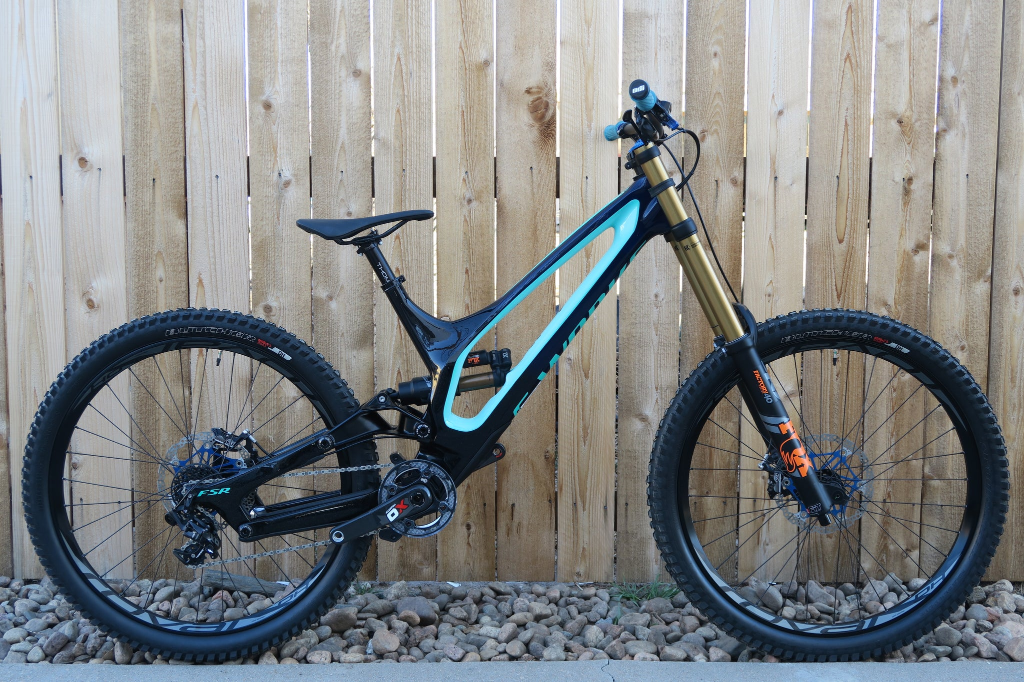 2018 S-WORKS DEMO 8 CUSTOM 27.5""
