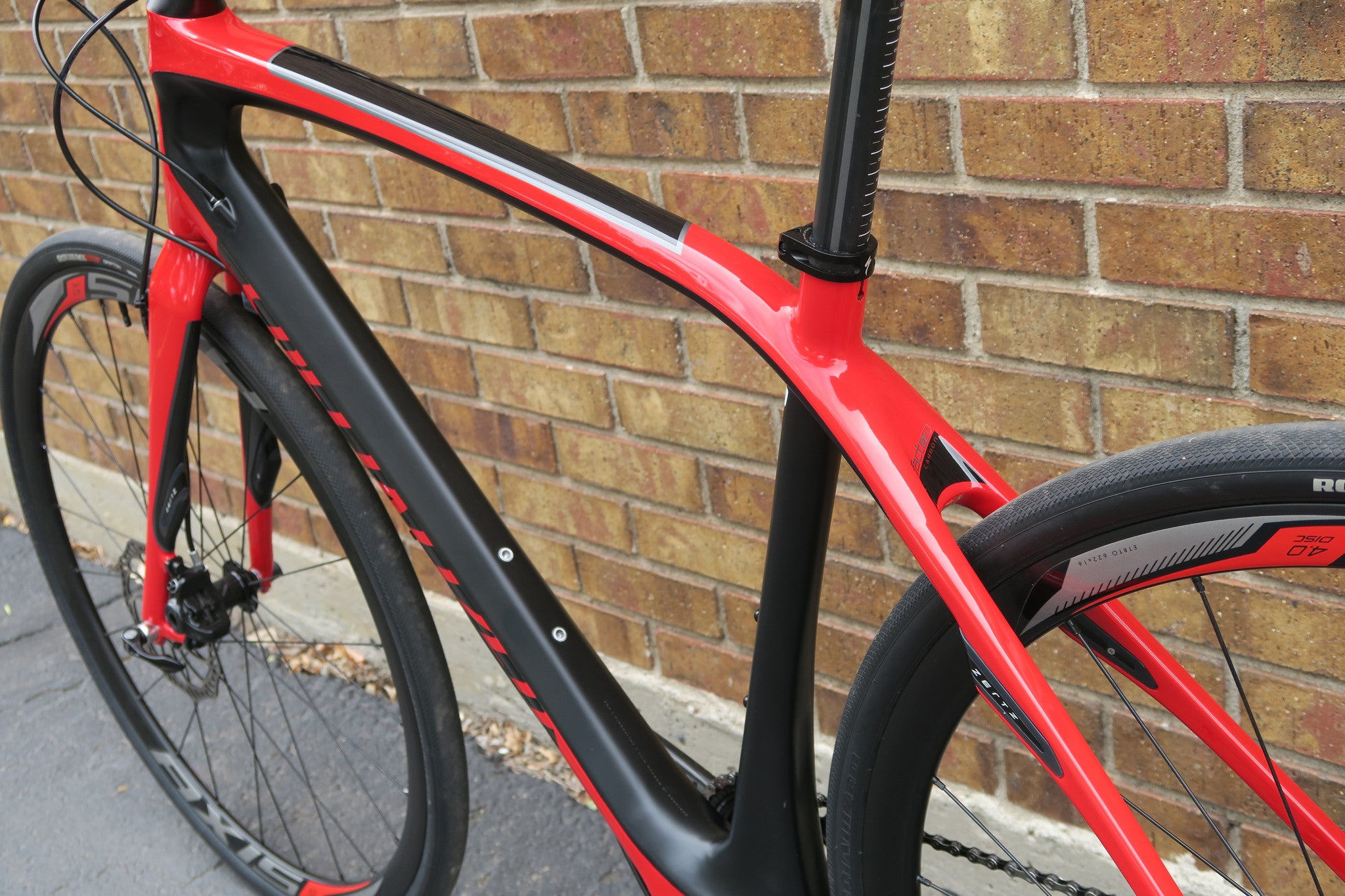2015 SPECIALIZED SIRRUS PRO CARBON DISC