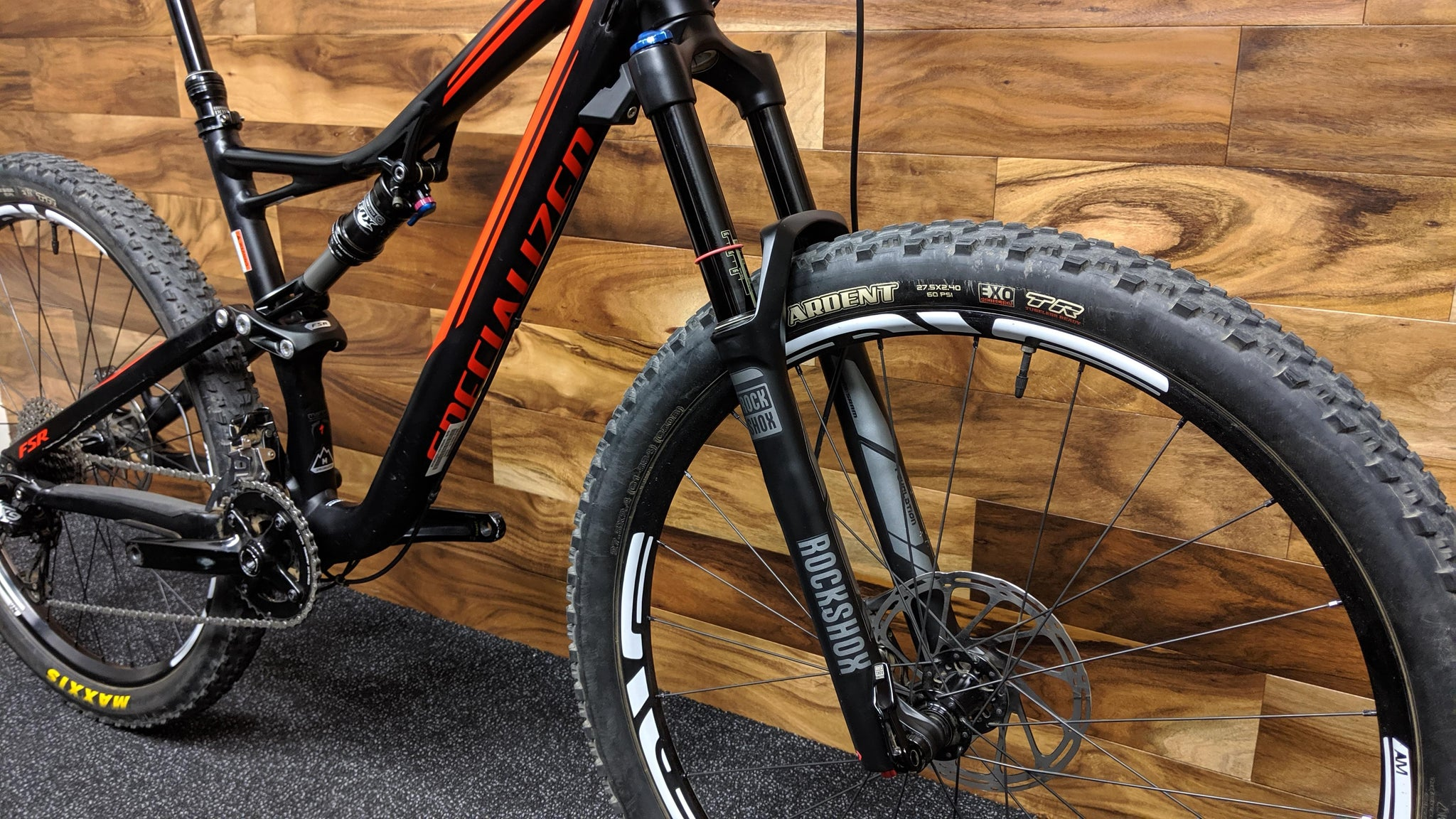 2016 SPECIALIZED STUMPJUMPER FSR COMP 27.5""