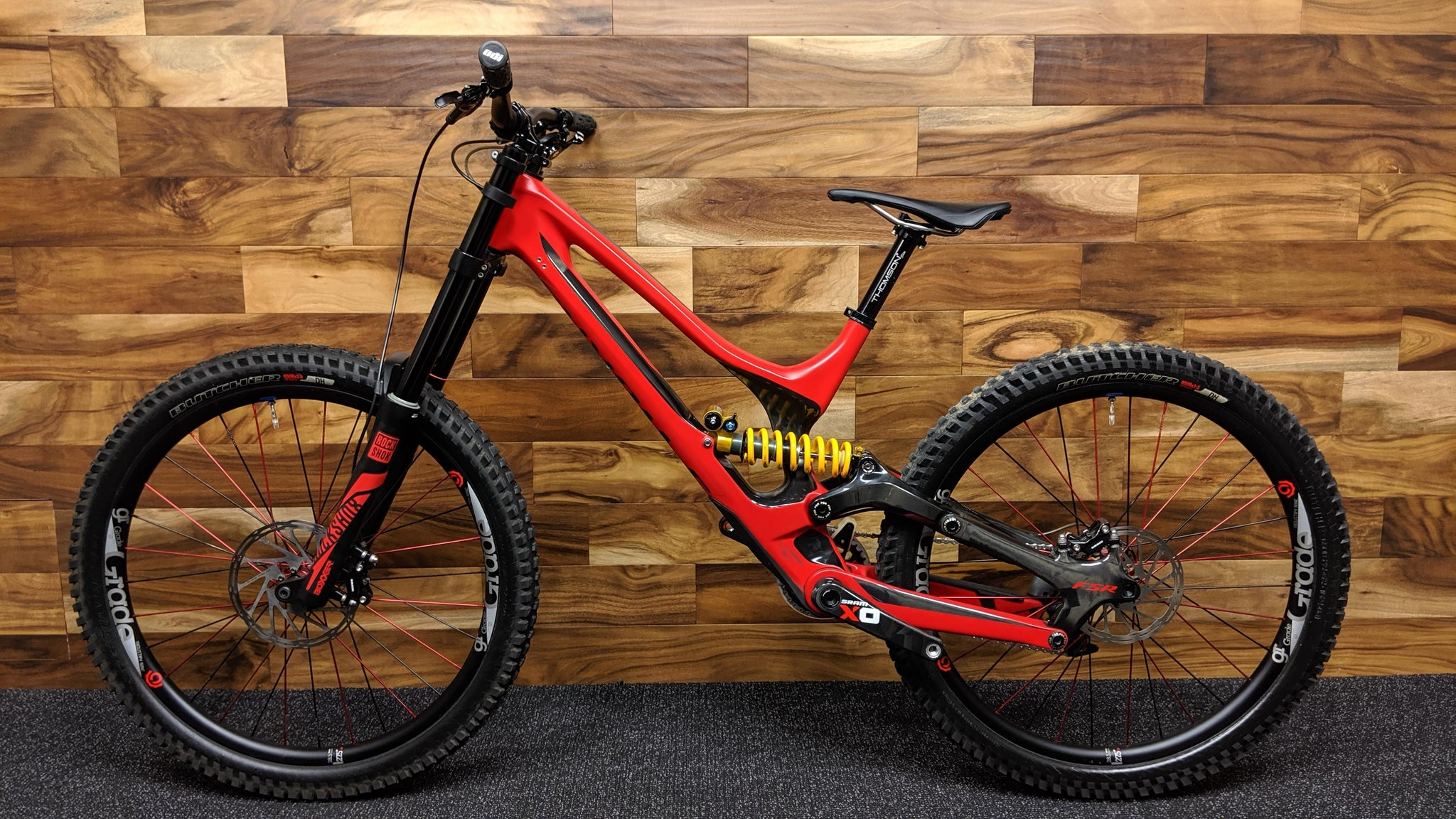 2016 S-WORKS DEMO 8 CARBON 27.5""