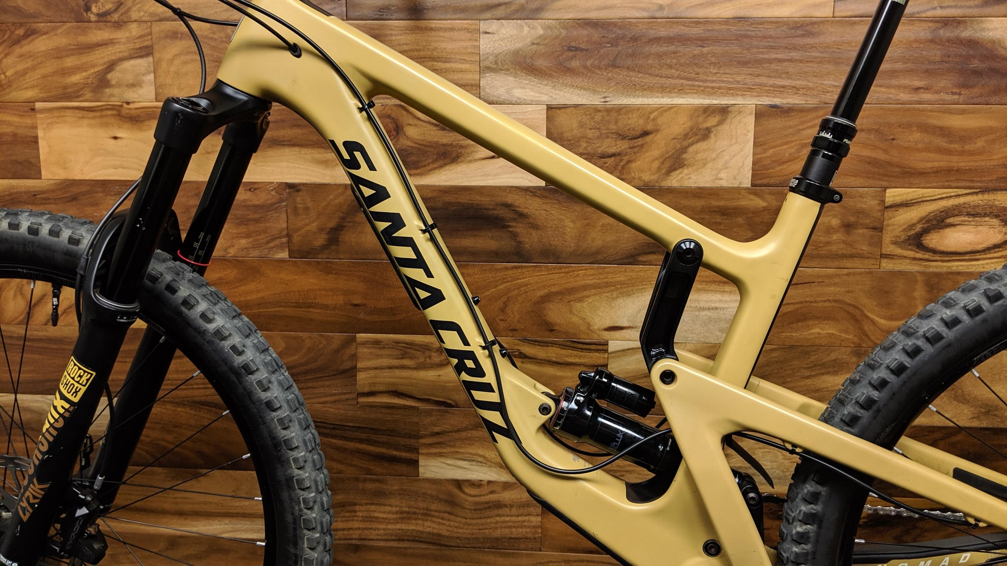 2018 SANTA CRUZ NOMAD CARBON C XE KIT 27.5""