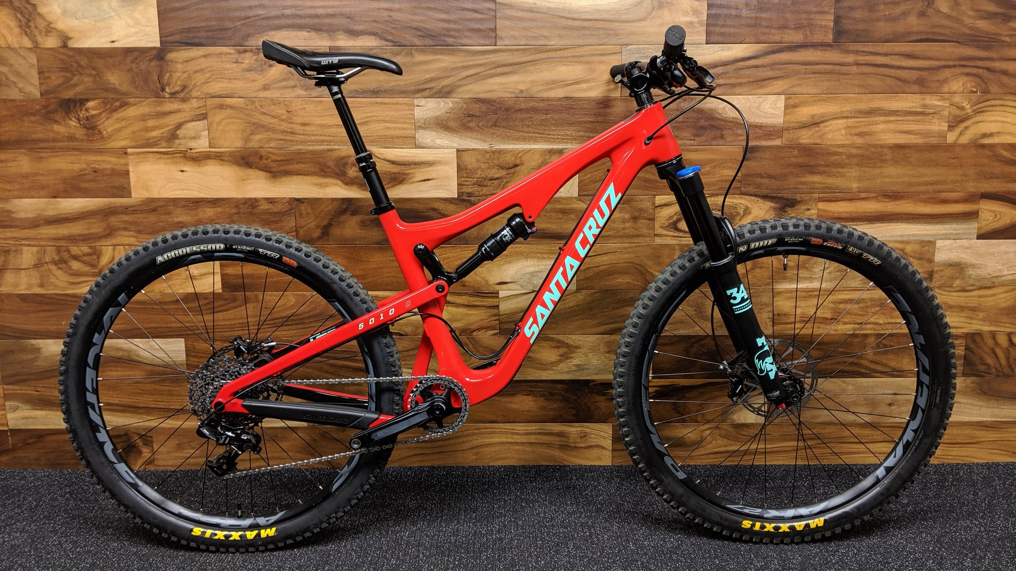 2017 SANTA CRUZ 5010 CARBON C S KIT 27.5""