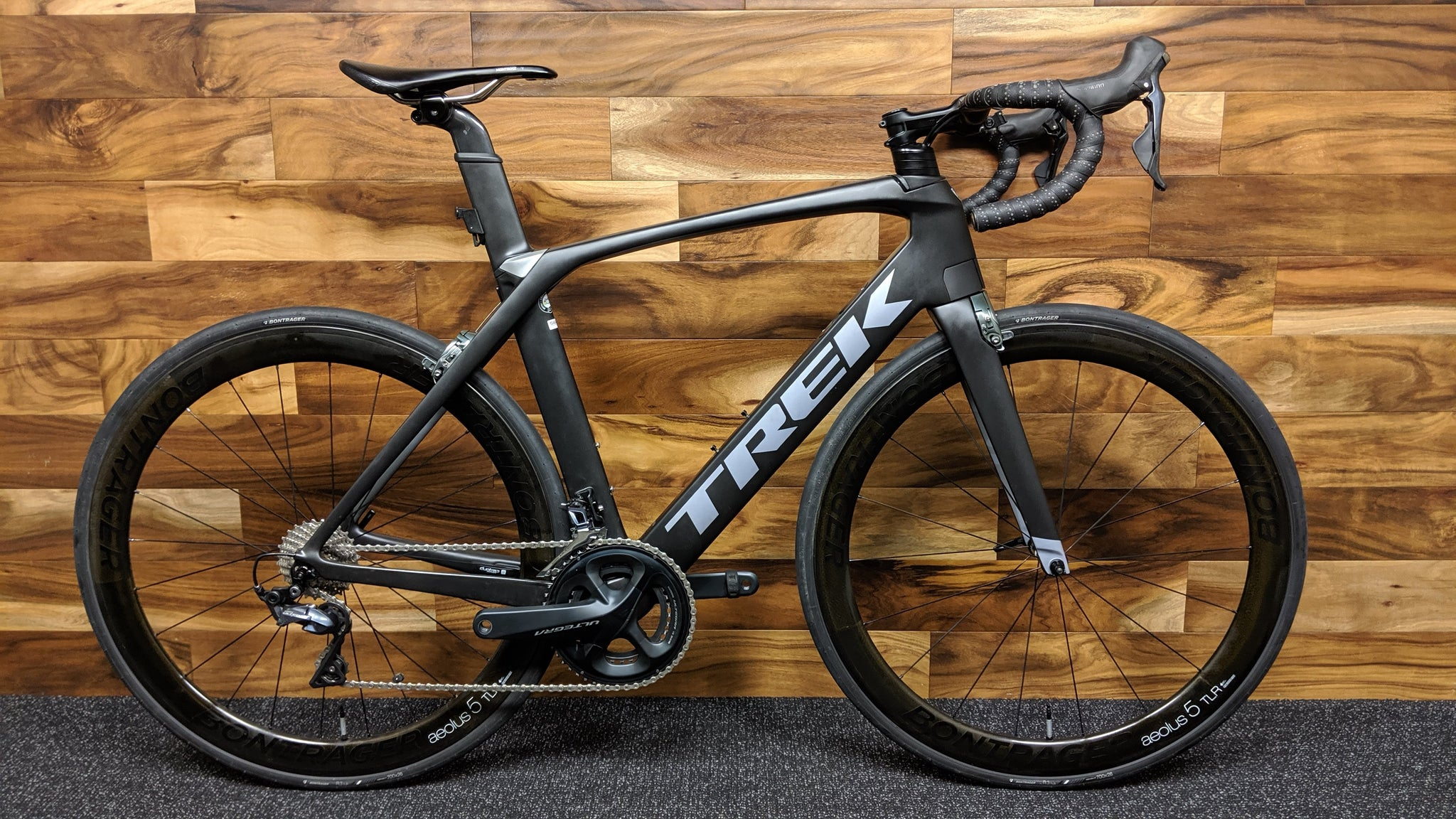 2018 TREK MADONE 9.0 CARBON WHEELS 56cm