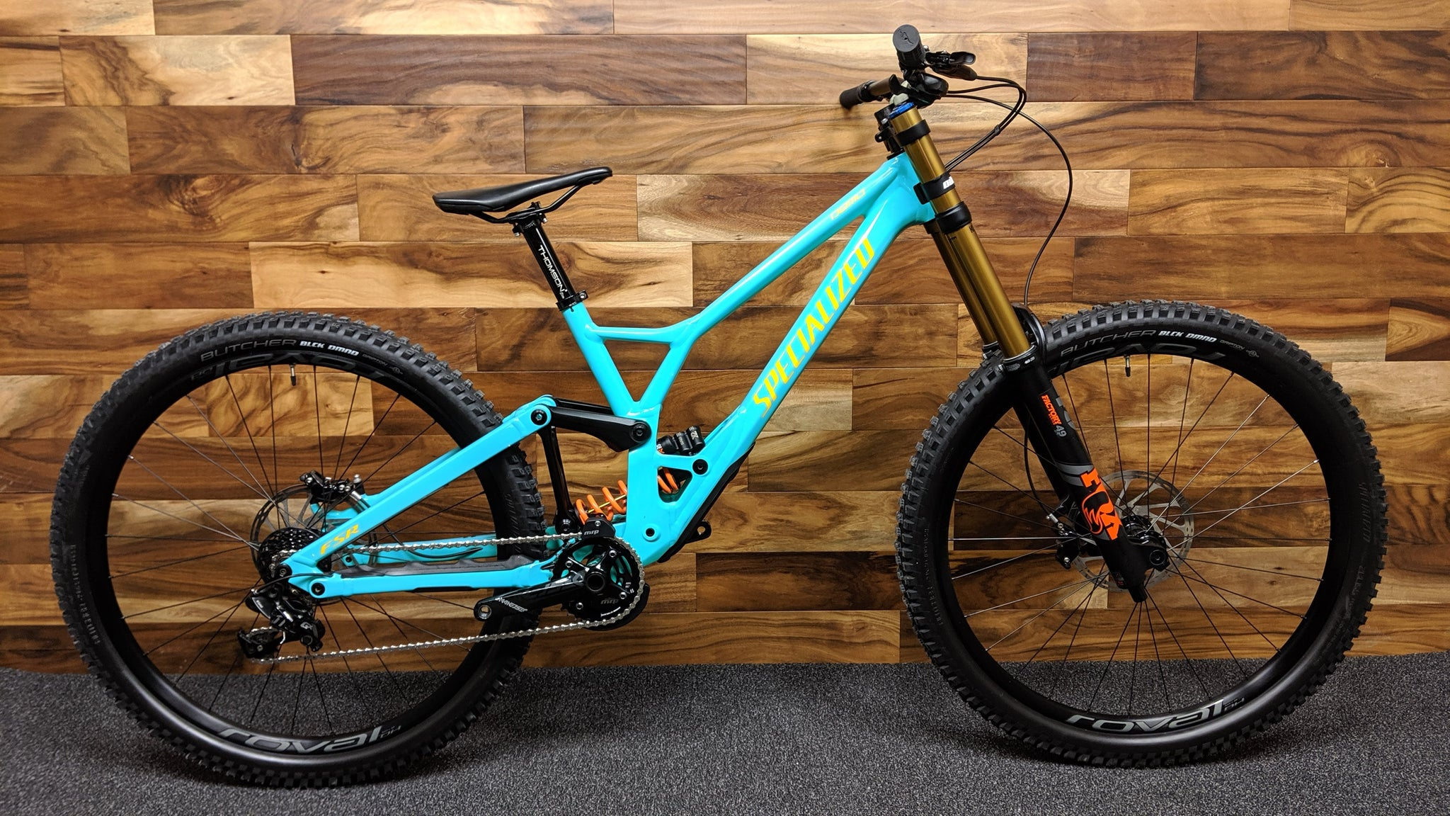 "2020 SPECIALIZED DEMO RACE 29"" S4"