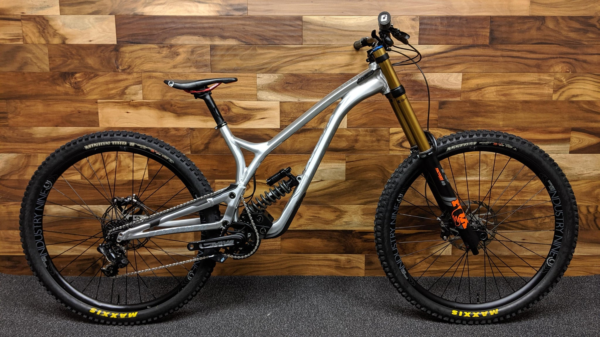 2019 COMMENCAL SUPREME DH 29""