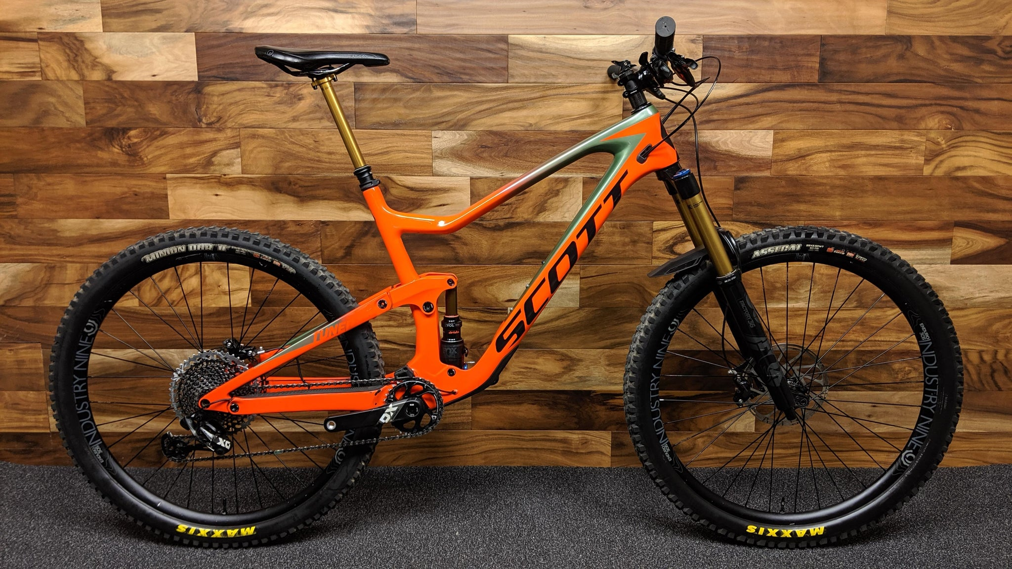 "2019 SCOTT RANSOM 900 TUNED CARBON 29"" XL"
