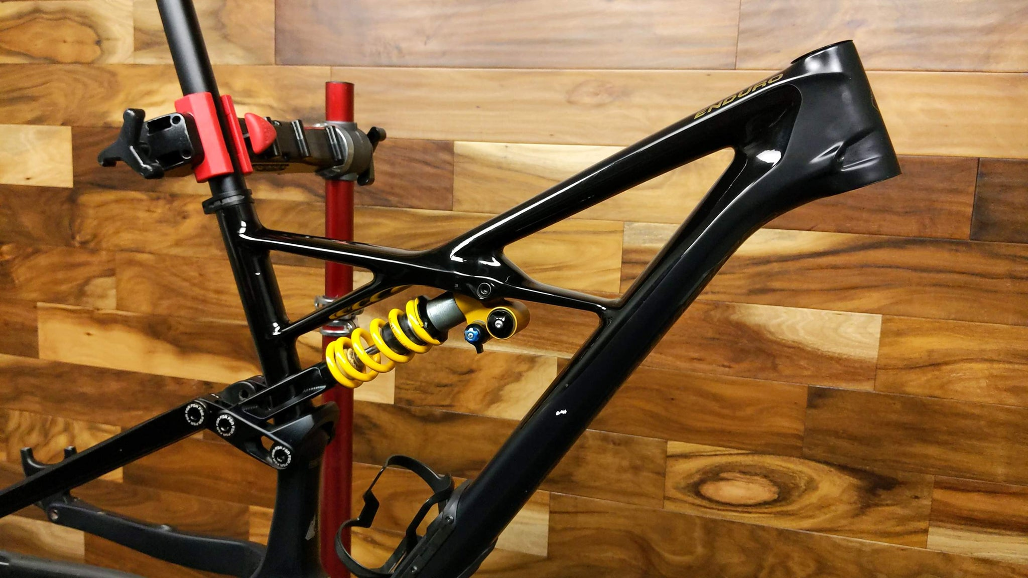 2018 SPECIALIZED ENDURO COIL CARBON FRAME 29""