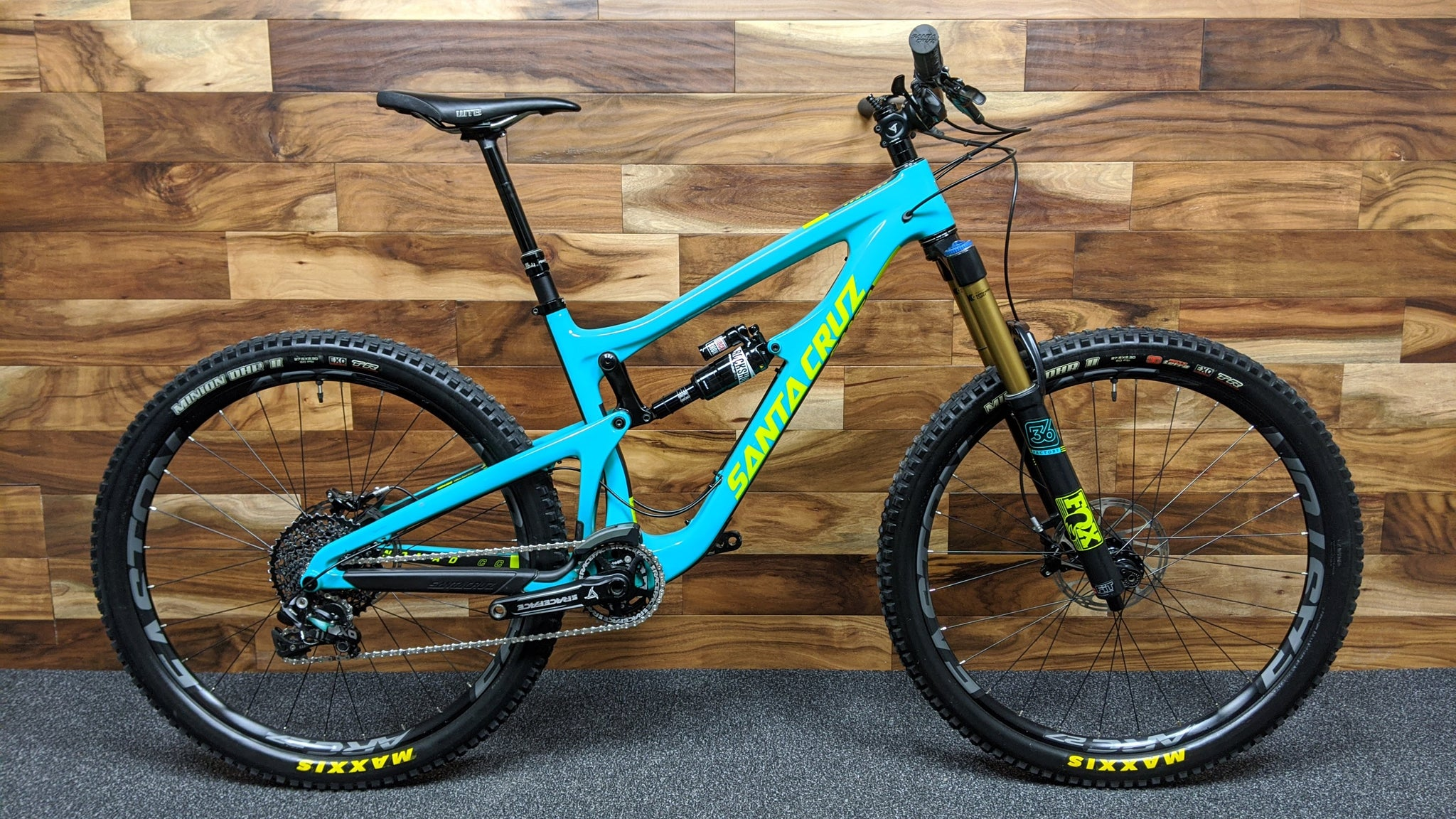 "2016 SANTA CRUZ NOMAD CARBON CC XO1 KIT 27.5"" M"