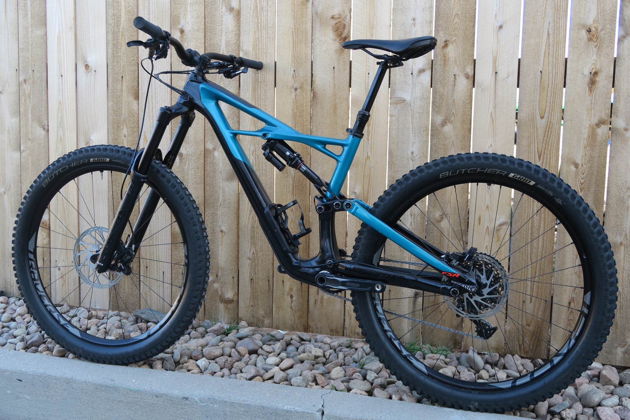 2017 SPECIALIZED ENDURO ELITE CARBON 27.5""