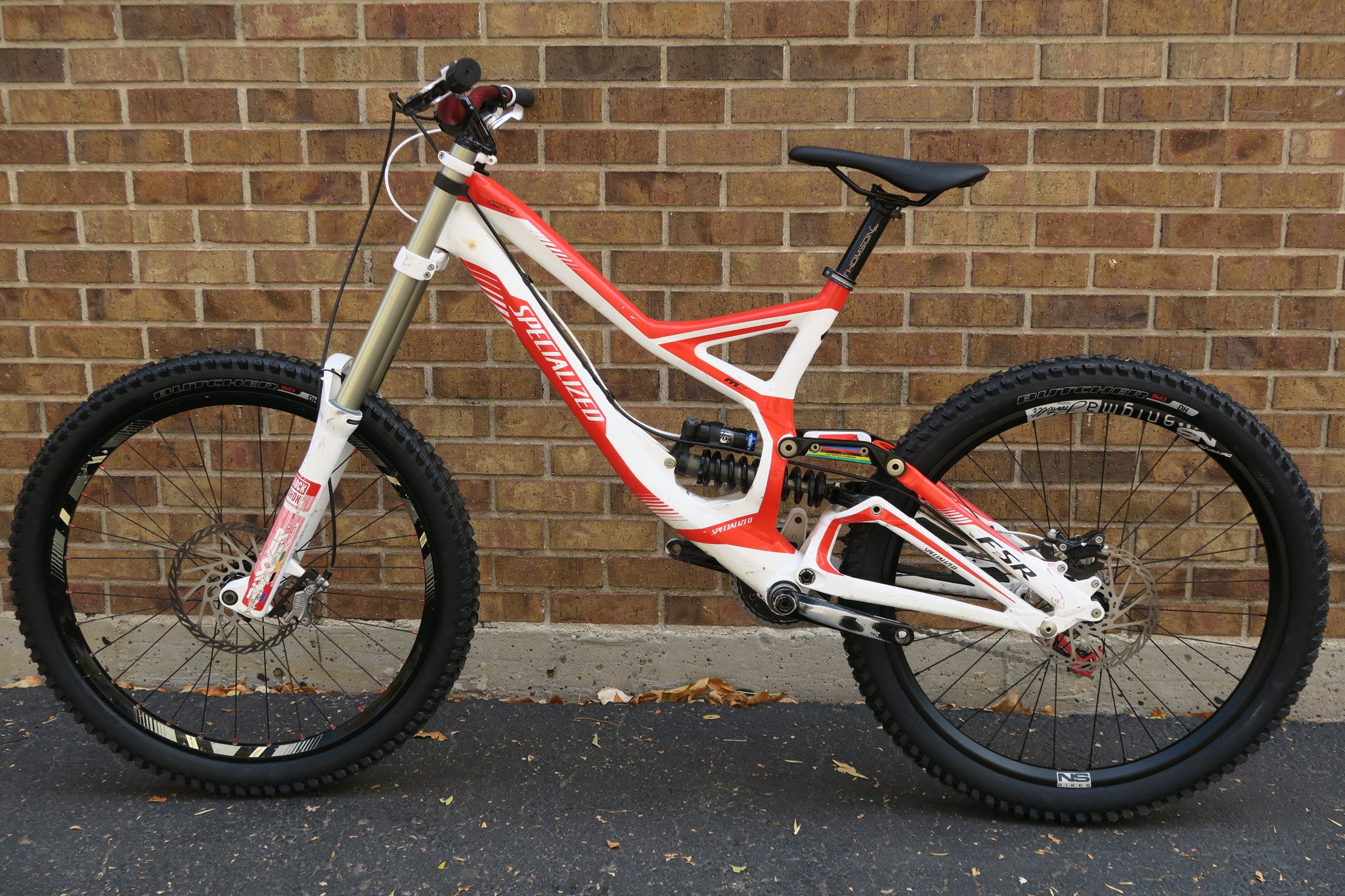 2011 SPECIALIZED DEMO 8 ll 26 L