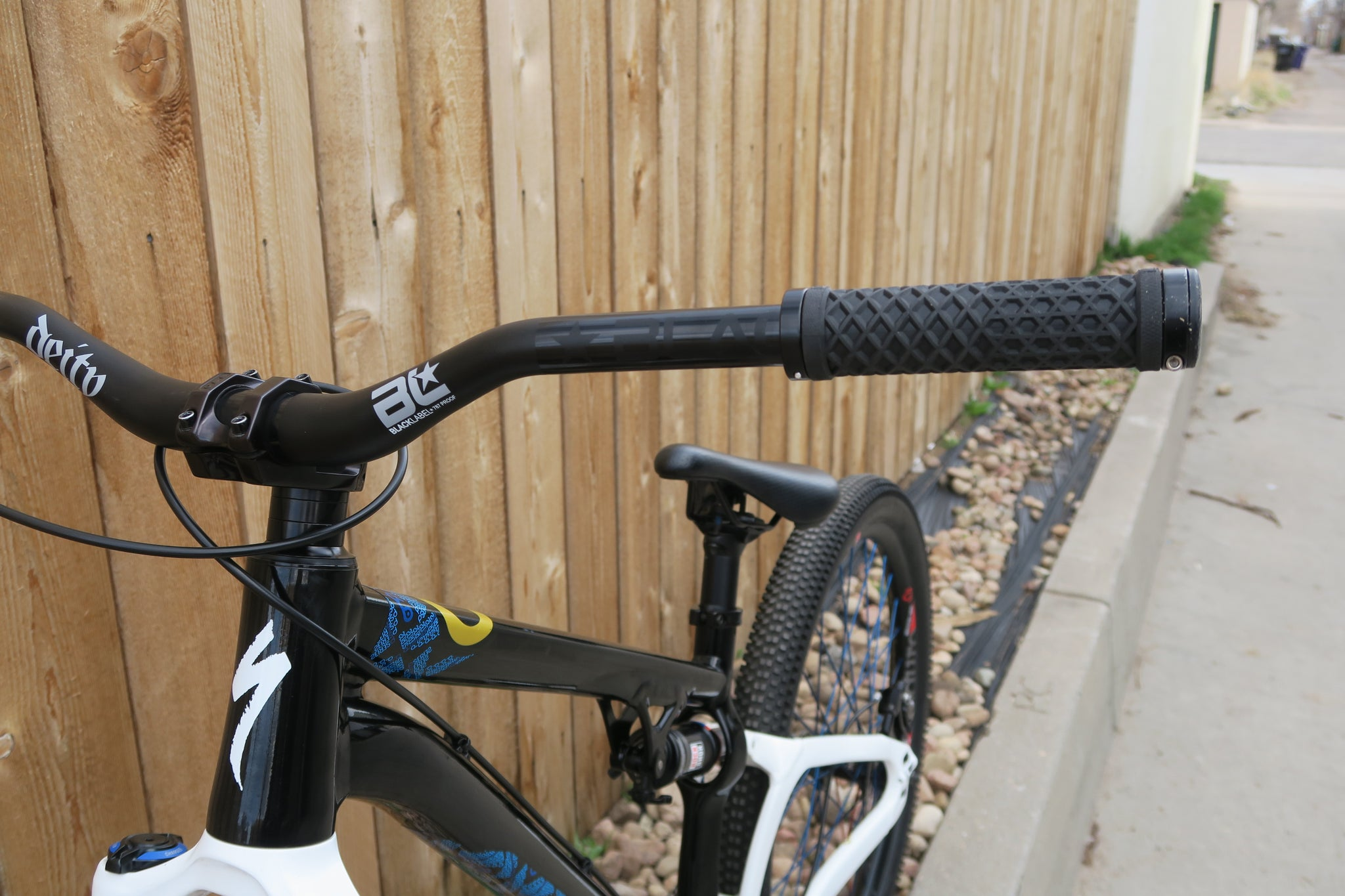 2015 SPECIALIZED P.SLOPE DJ 26""