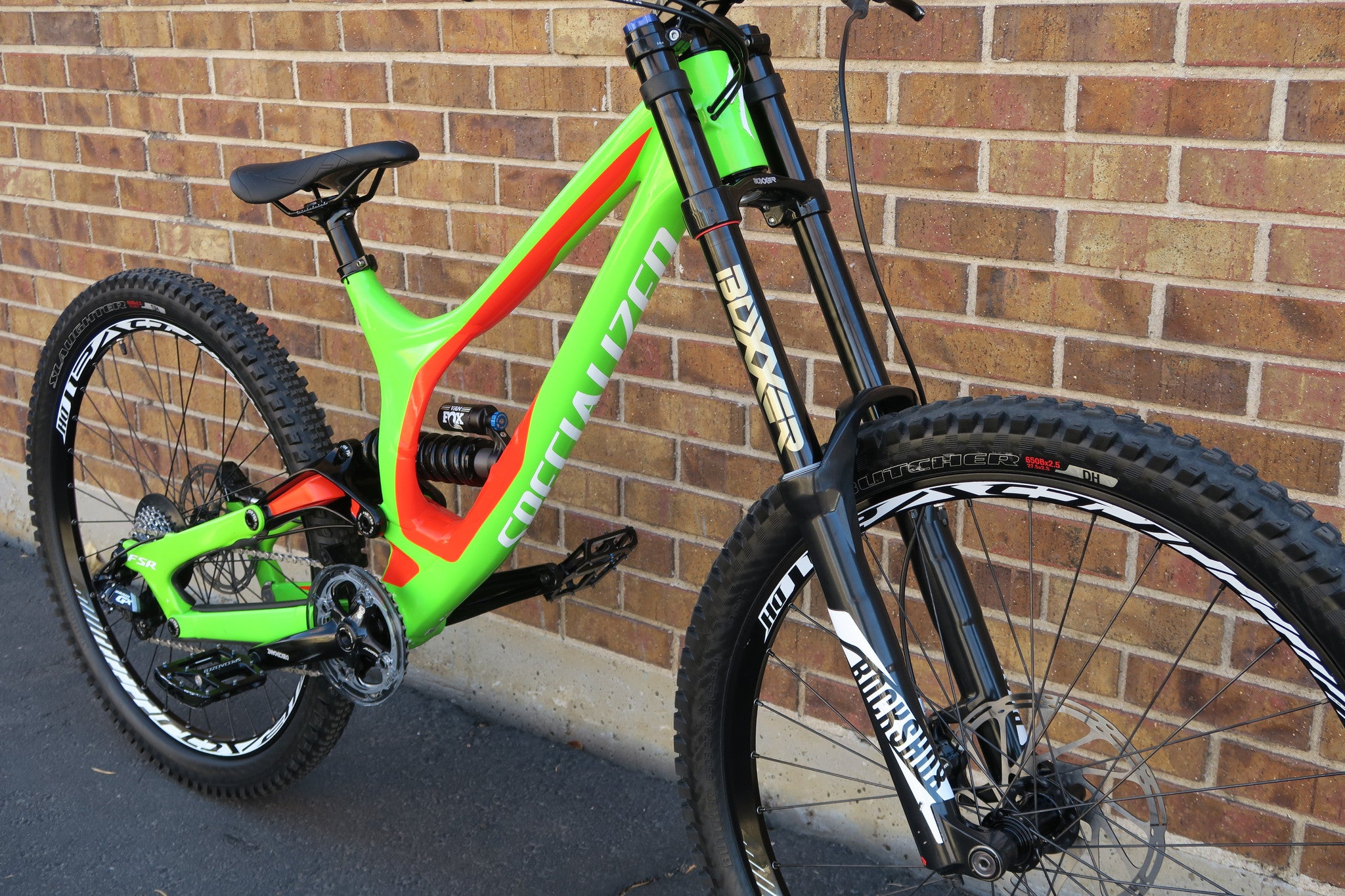 2016 SPECIALIZED DEMO 8 l ALLOY 27.5
