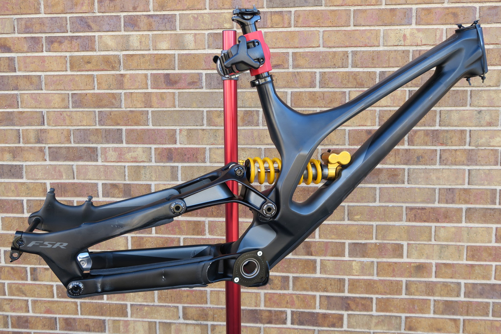 2016 SPECIALIZED DEMO 8 1 CARBON FRAME