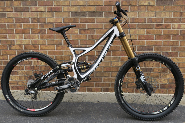 2013 SPECIALIZED DEMO 8 CARBON 1