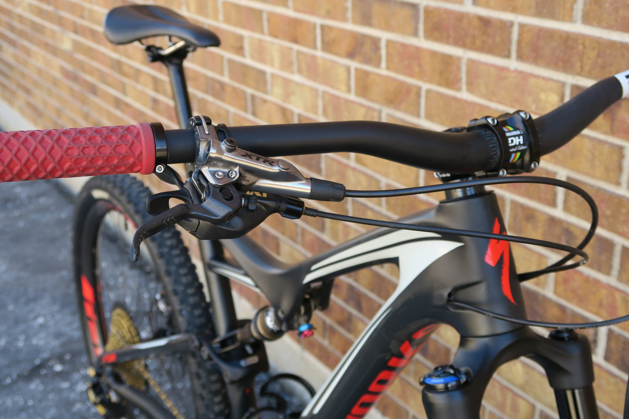 2016 S-WORKS STUMPJUMPER FSR CARBON 650B 27.5""