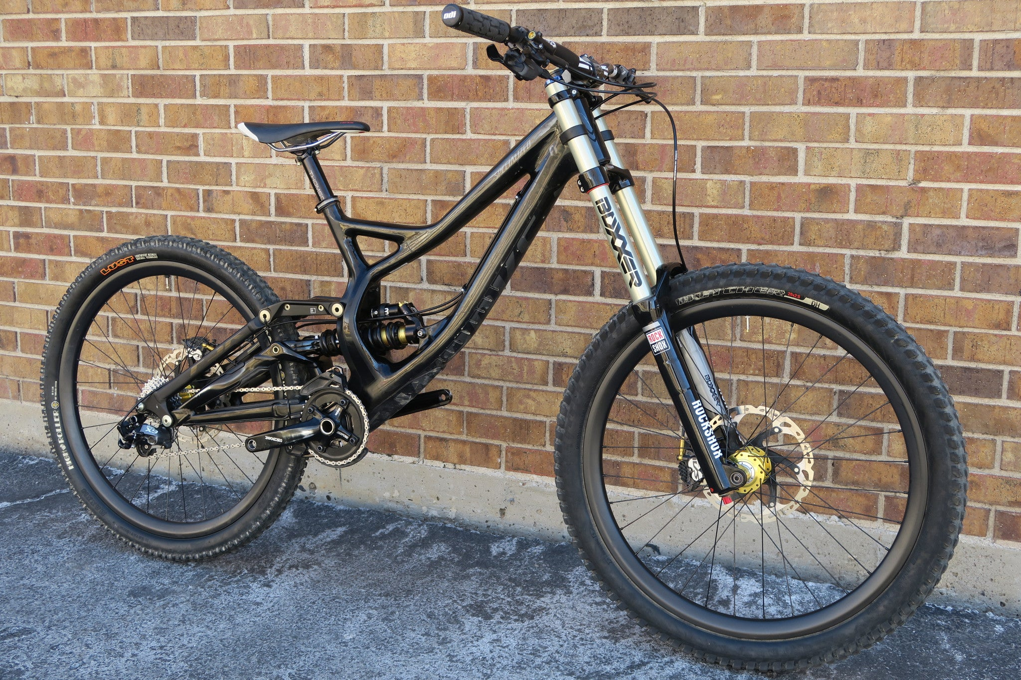 2014 S-WORKS DEMO 8 CARBON 26""