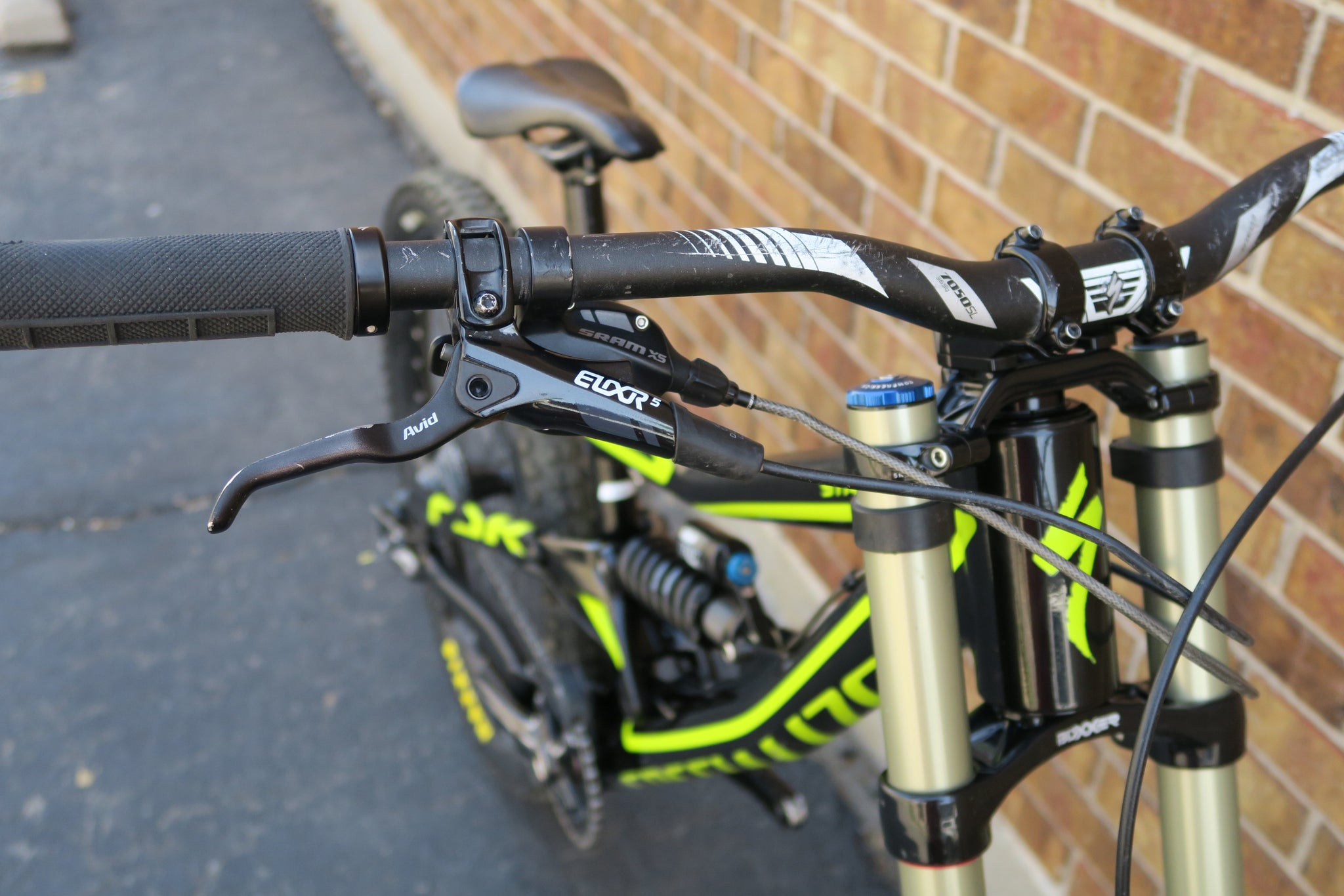 2014 SPECIALIZED STATUS II