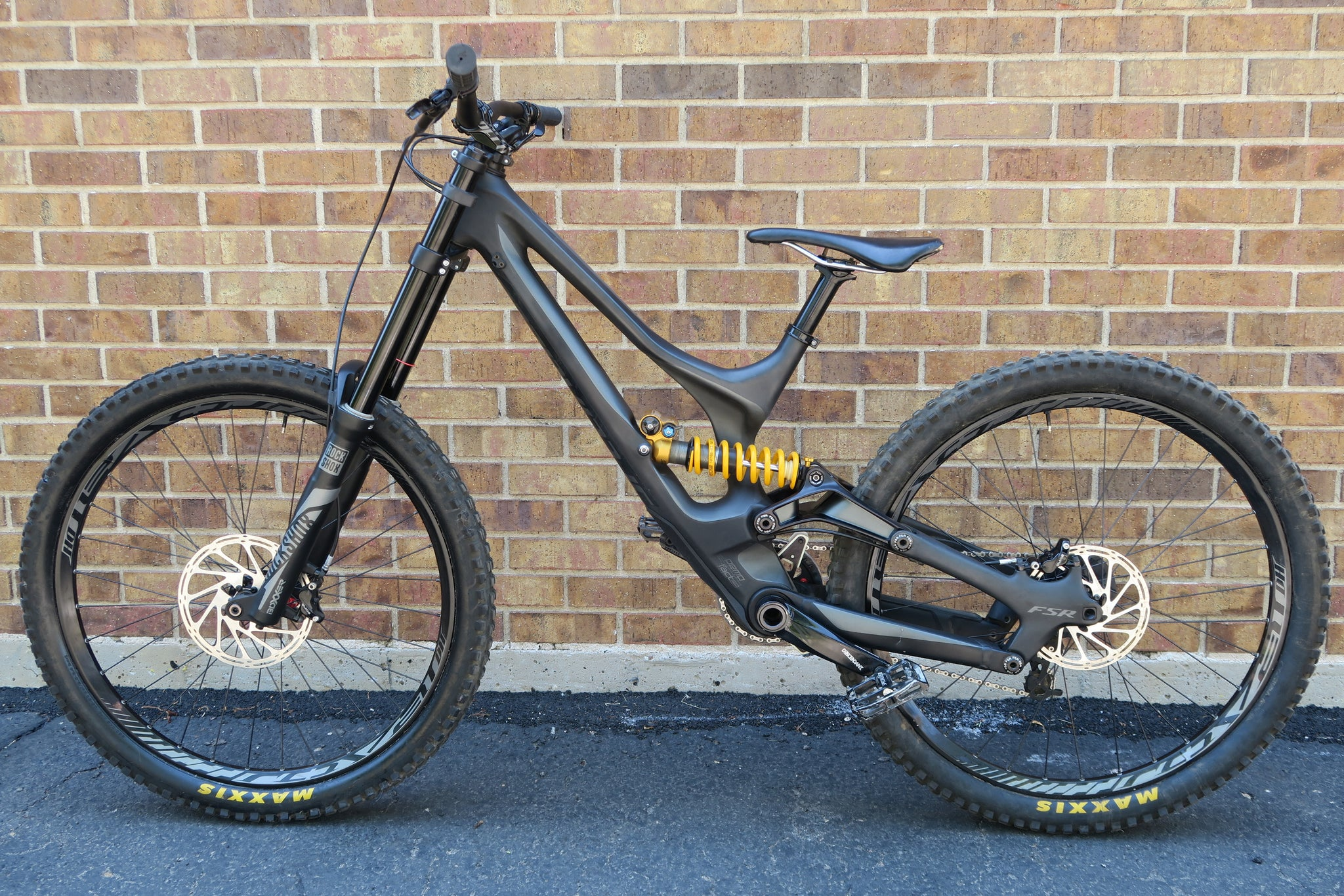 2016 SPECIALIZED DEMO 8 I CARBON 650B 27.5""