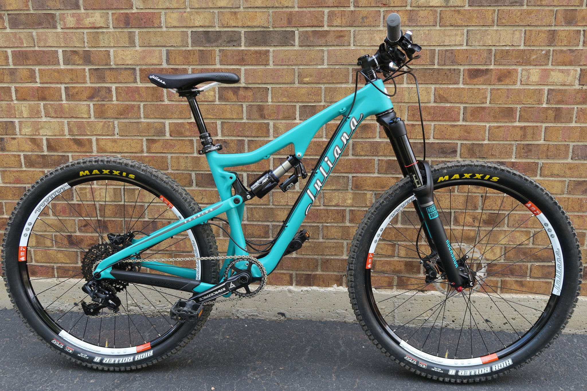 2015 JULIANA ROUBION CARBON CC 27.5