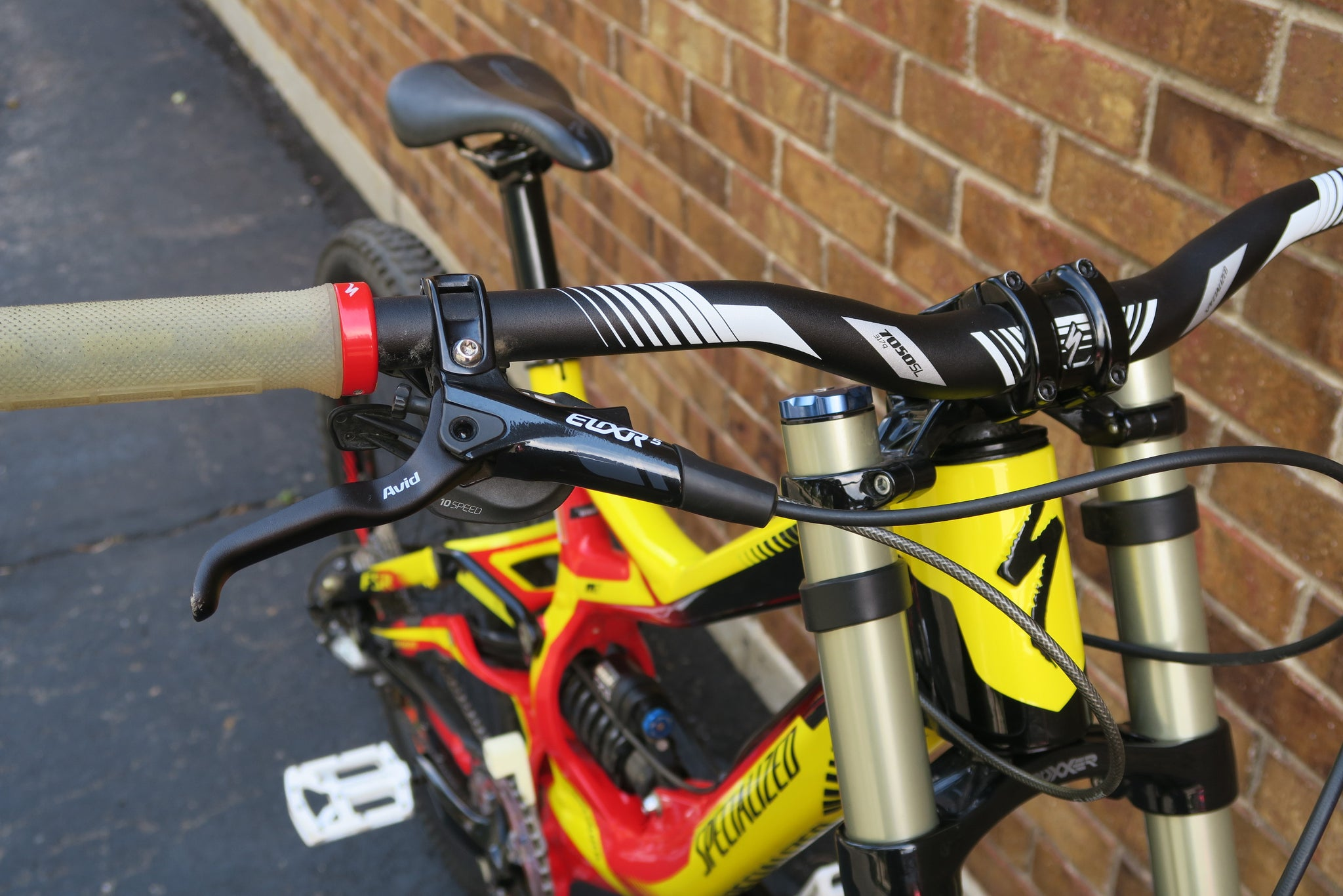 2012 SPECIALIZED DEMO 8 I 26""