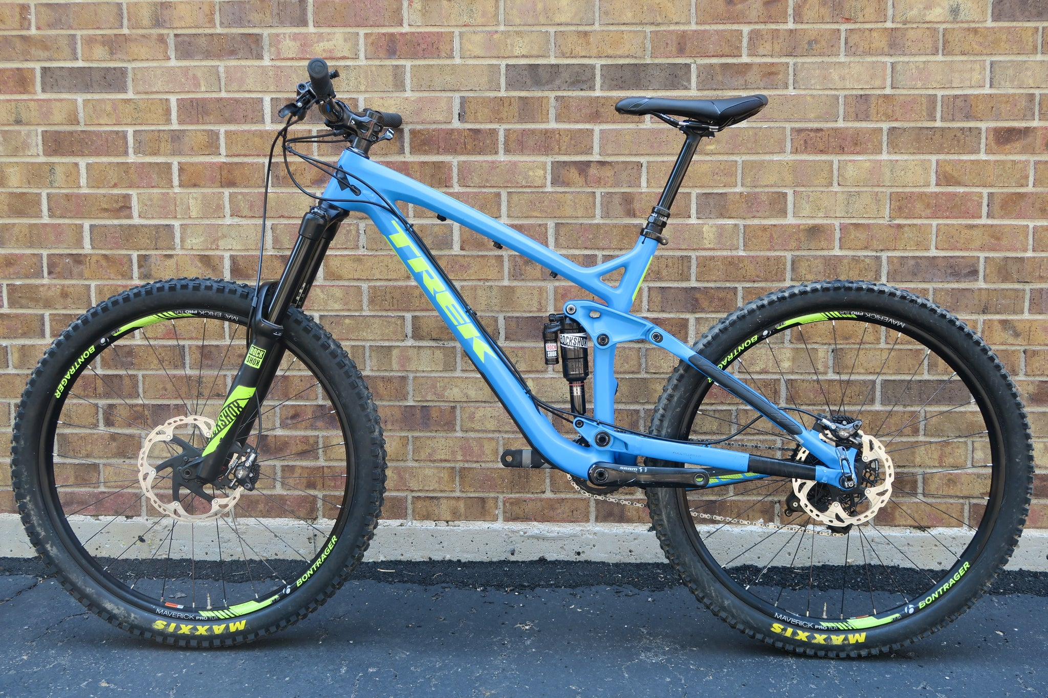 2016 TREK SLASH 9.8 27.5""