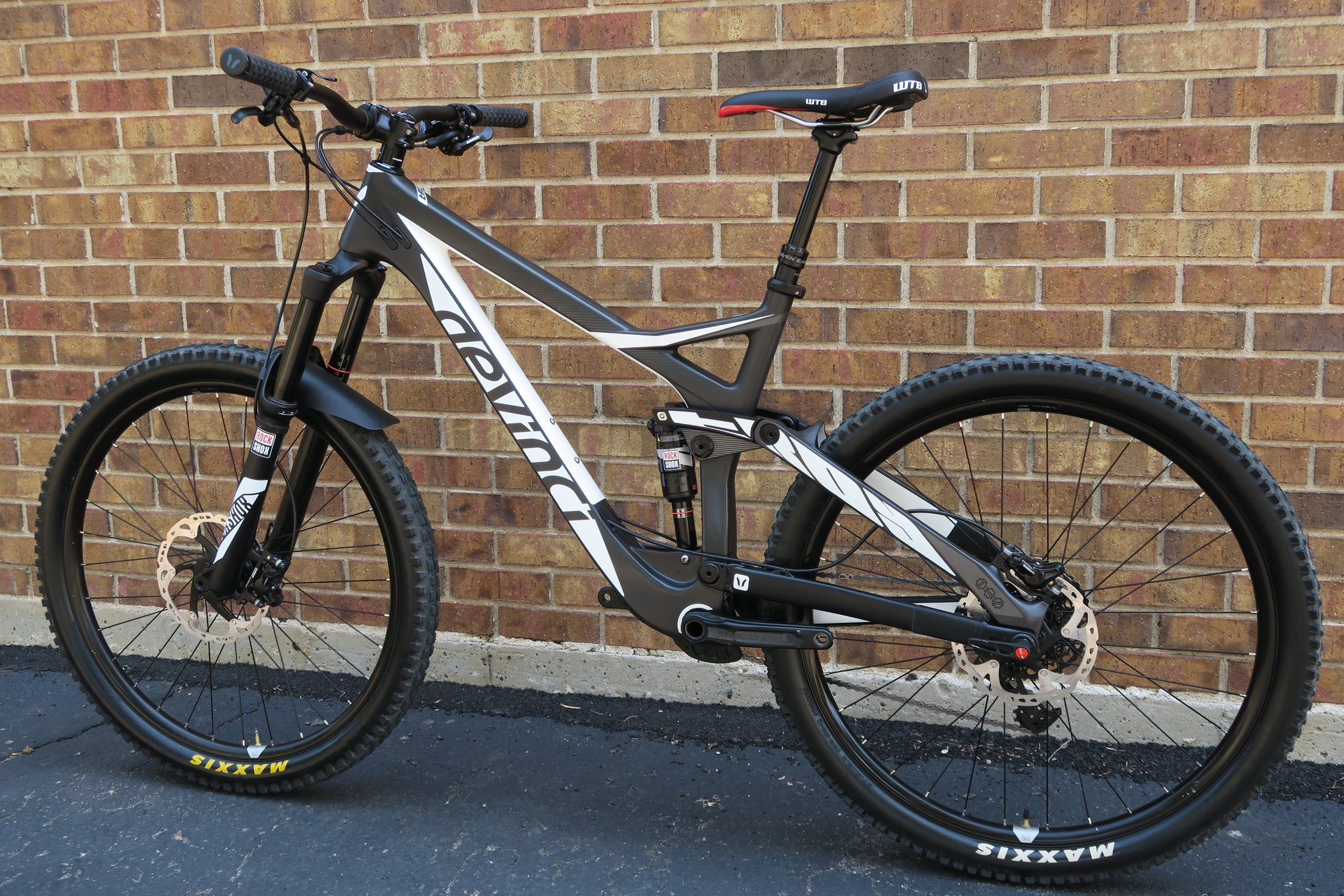 2016 DEVINCI TROY CARBON RS 27.5""
