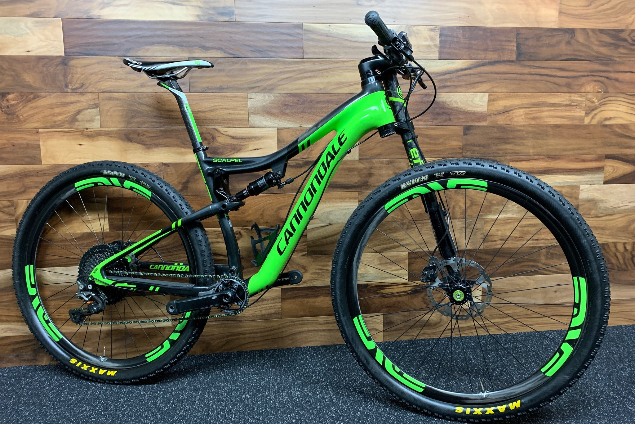 2015 CANNONDALE SCALPEL CARBON TEAM 29""