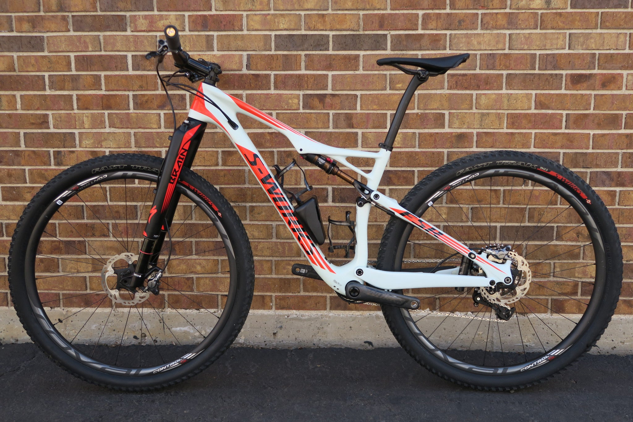 2016 S-WORKS EPIC WORLD CUP 29