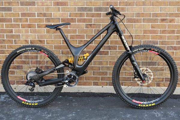 "2016 SPECIALIZED DEMO 8 I CARBON 650B 27.5"" L"