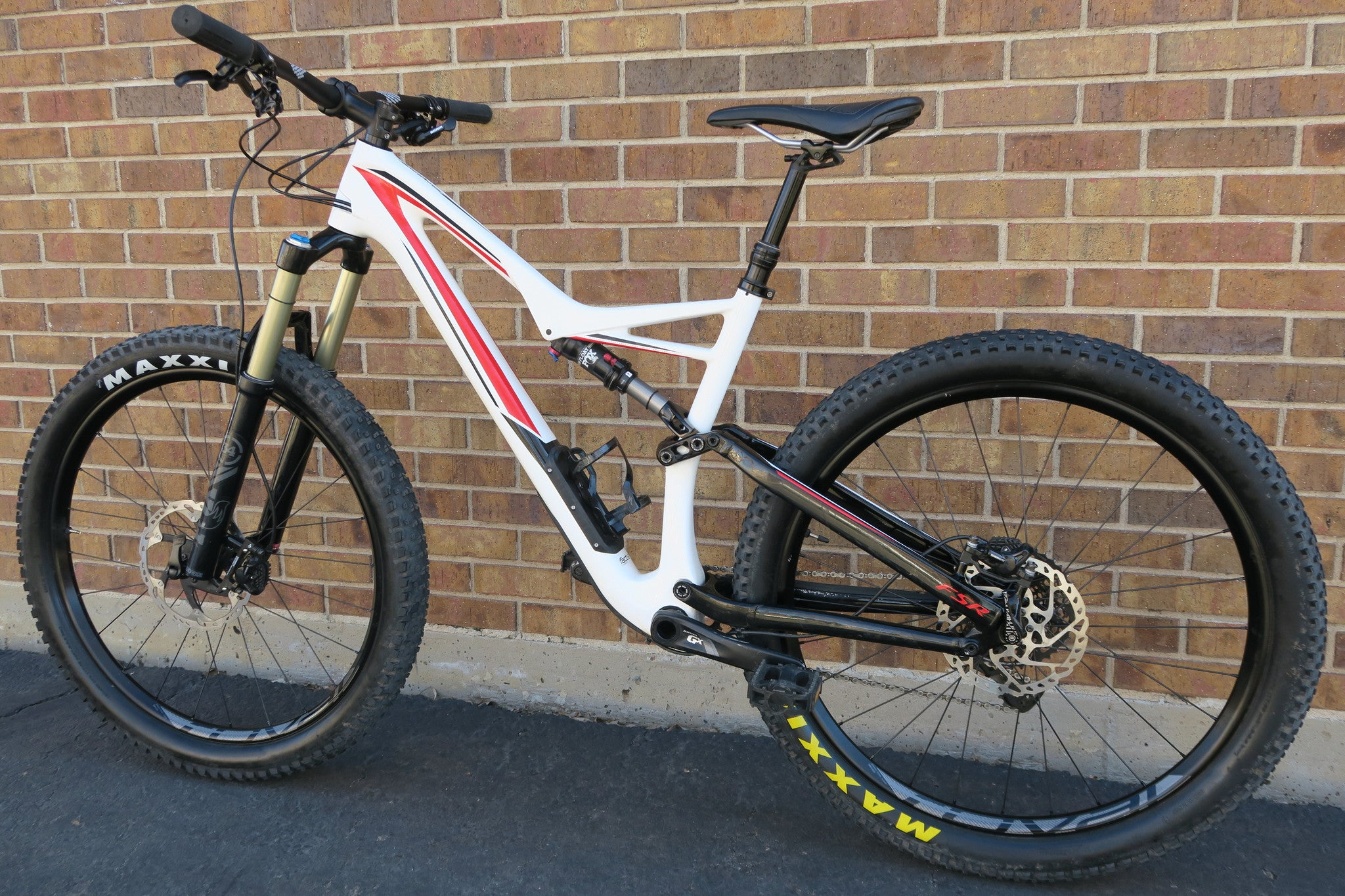 2016 SPECIALIZED STUMPJUMPER FSR COMP CARBON 6FATTIE 27.5+