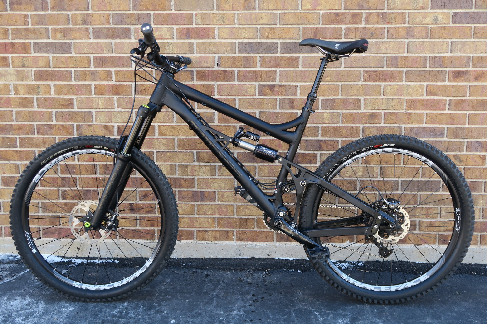 2016 BANSHEE RUNE ALL MOUNTAIN BIKE 27.5""
