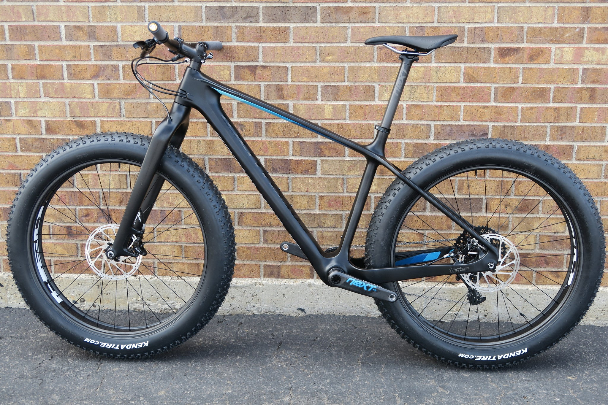 2016 SPECIALIZED FATBOY EXPERT CARBON