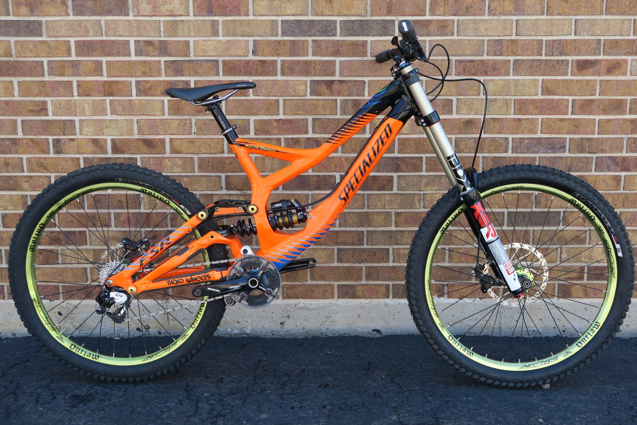 2012 SPECIALIZED DEMO 8 TLD EDITION