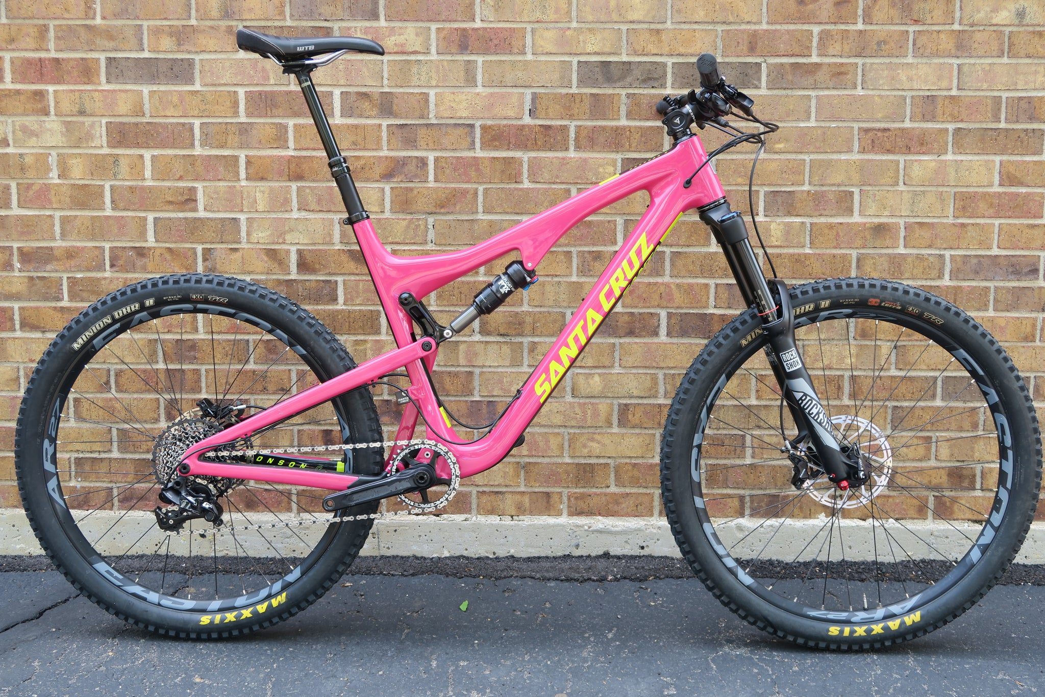 2017 SANTA CRUZ BRONSON C CARBON XL 27.5