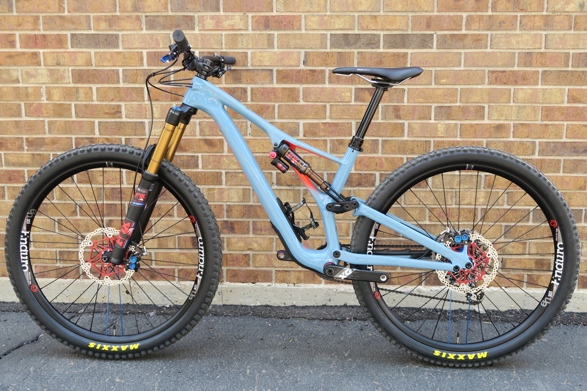 2019 SPECIALIZED STUMPJUMPER EXPERT 29 CARBON
