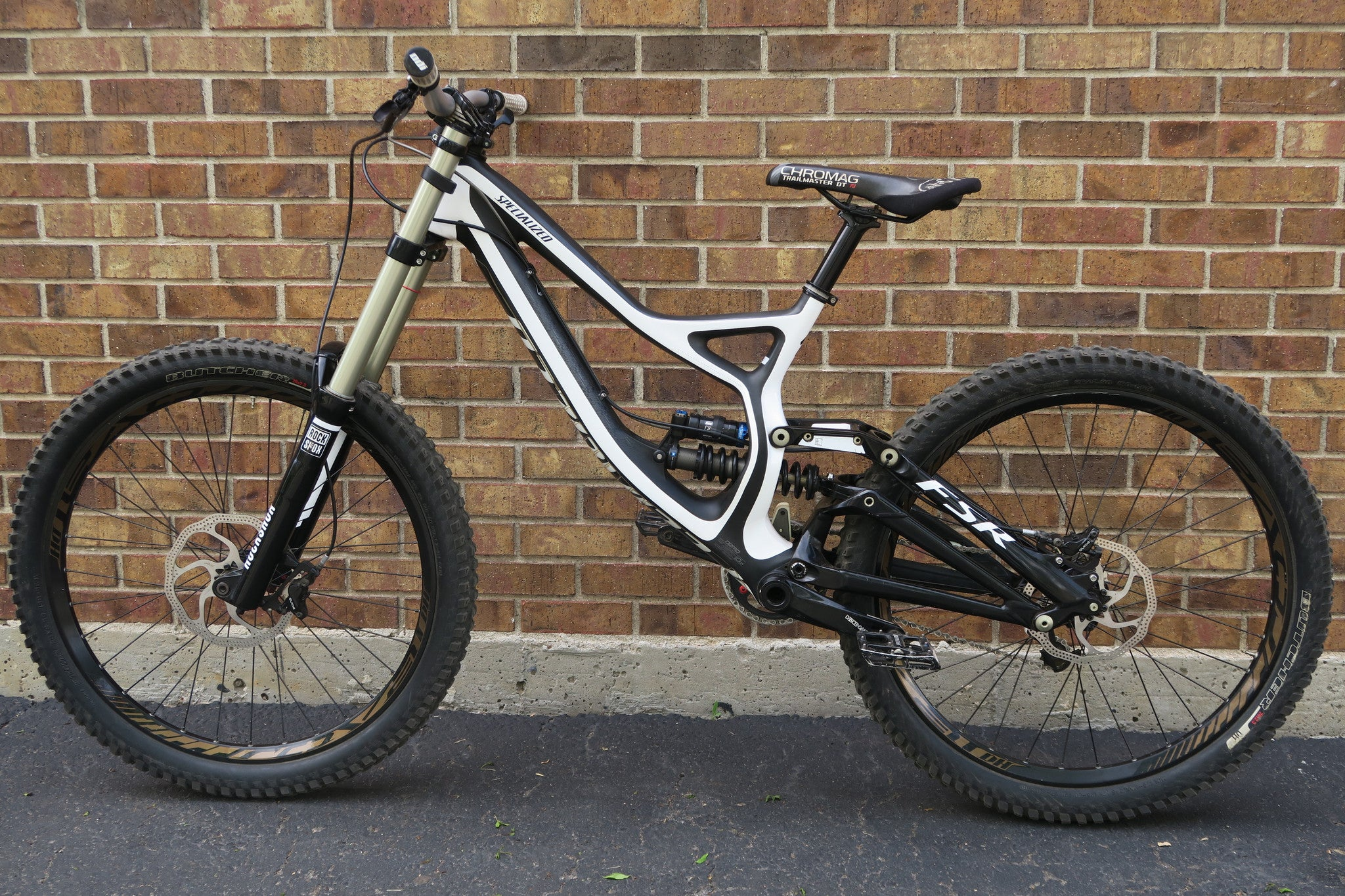 138fe79a02b 2013 SPECIALIZED DEMO 8 1 CARBON 26 – Altitude Bicycles